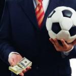 Почему футболисты получают много денег?